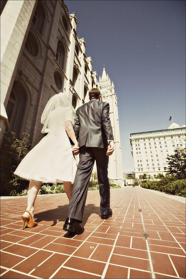 Artsy Vintage Short Mini Wedding Dress Brides