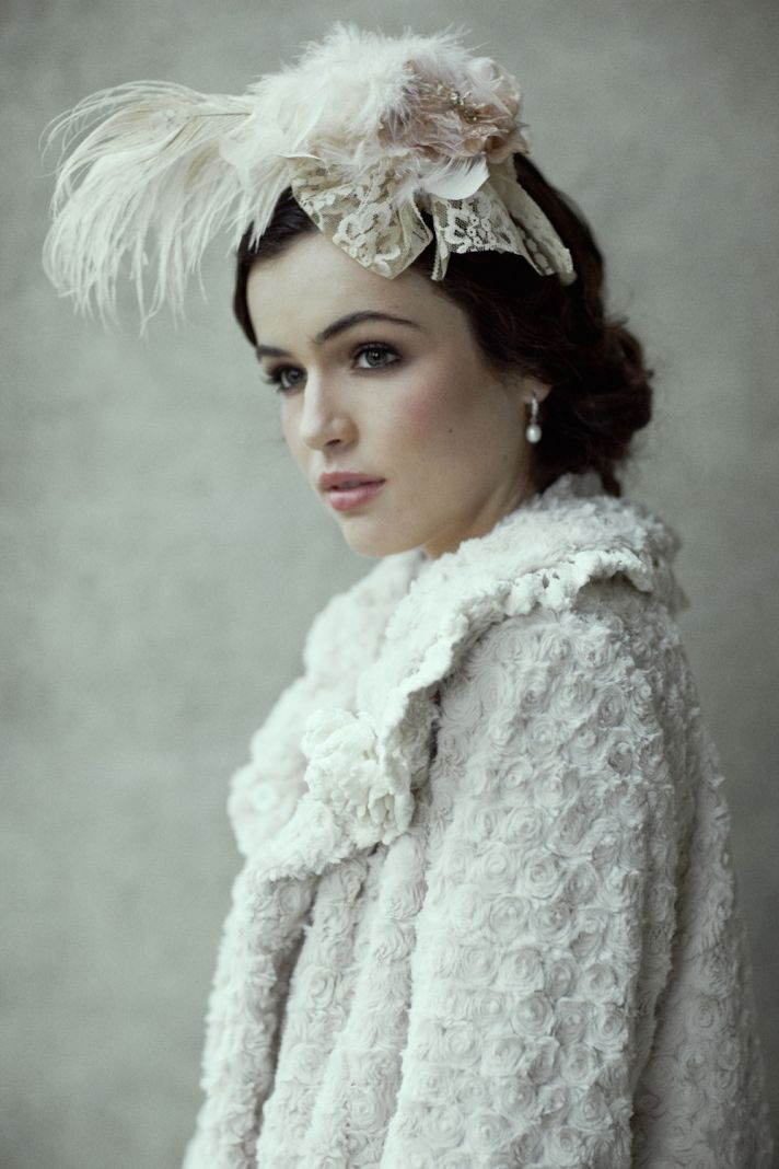 The little canopy artsy weddings indie weddings for Winter vintage wedding dresses