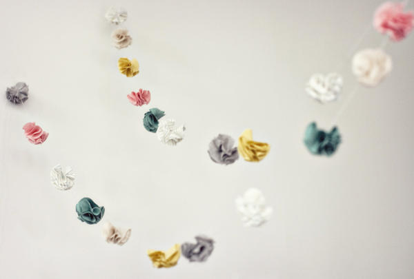 DIY artsy handmade fabric flower garland tutorial
