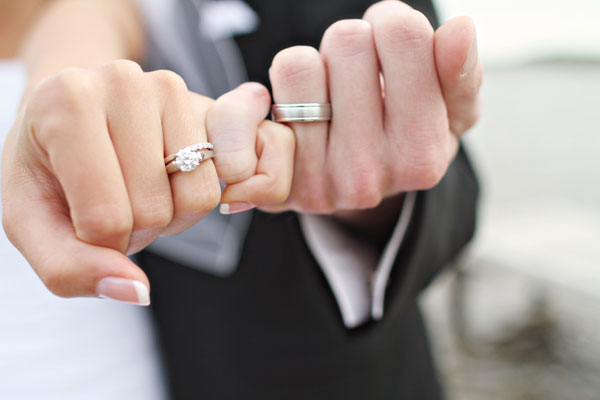 Monday Must Have Wedding PHotos: Pinky cross promise