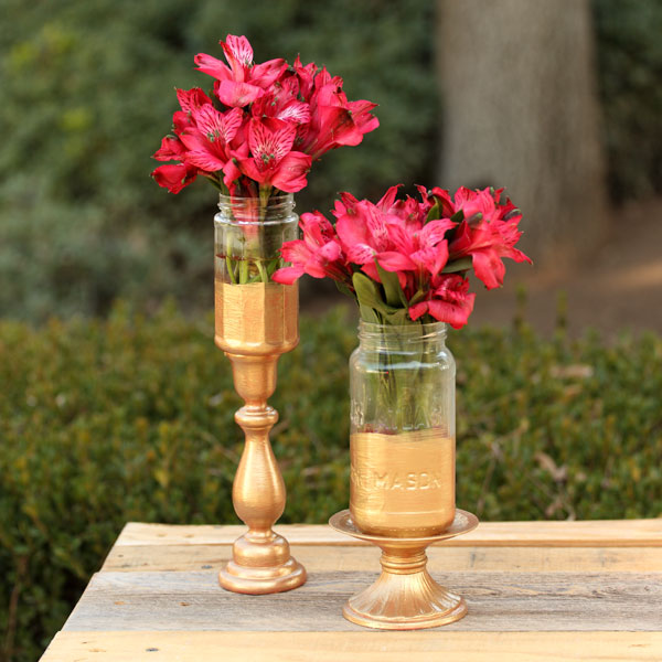 Easy Gold painted Mason Jar Centerpiece Vases