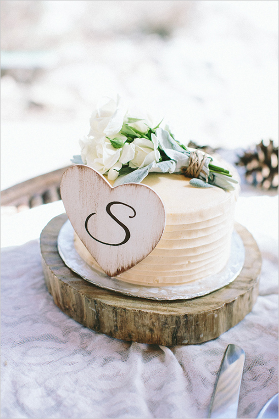 Inspiration wedding photo of a simple vintage natural nude color theme cake