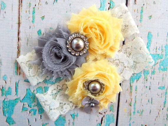 Handmade artsy vintage bridal wedding garter from etsy