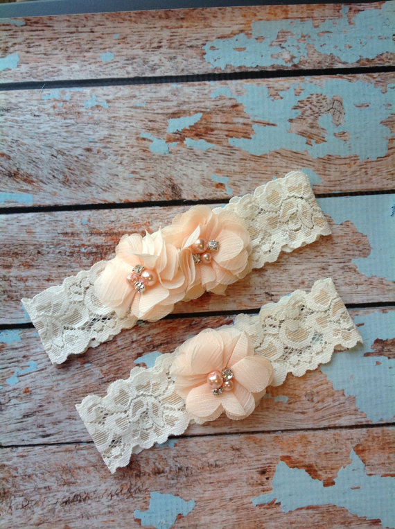 The little canopy artsy weddings indie weddings vintage weddings handmade artsy vintage bridal wedding garter from etsy solutioingenieria Images