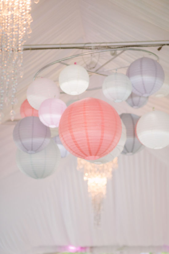 wedding, inspiration, diy, tutorial, chandelier, paper, lanterns, create, decoration, ideas