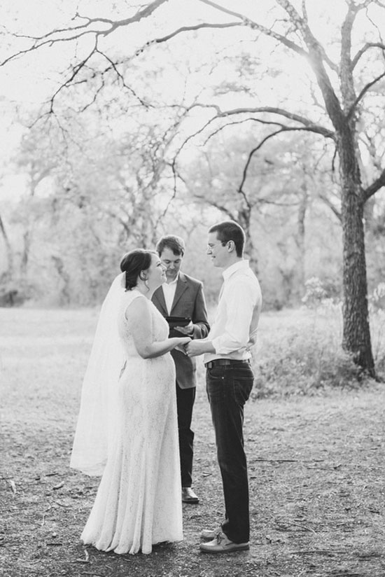 intimate-outdoor-rustic-elopement-style-wedding-6