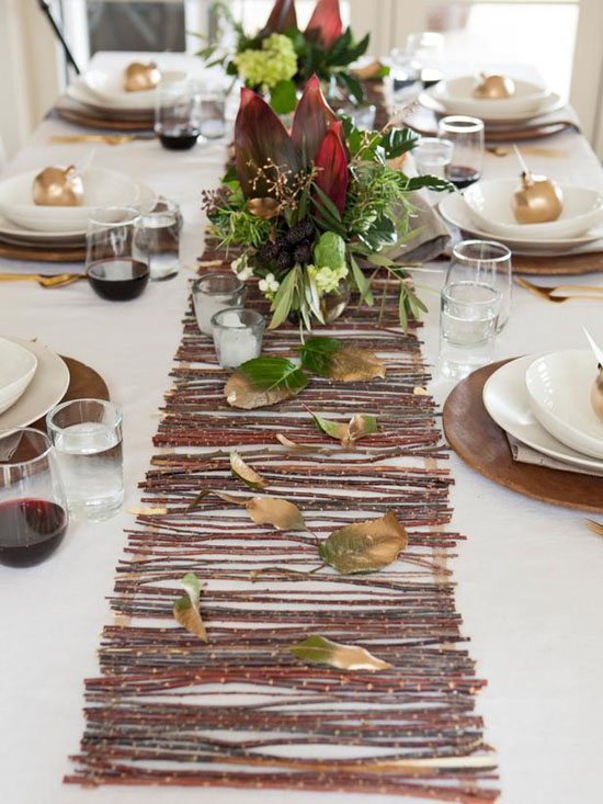 DIY Rustic Twig Table Runner // What a cute and simple diy project! What's an outdoor wedding without a pretty table runner of twigs? This tutorial uses glue but if you have some time, try tying them together with a pretty twine to give it an extra little something! Enjoy!  Rustic Twig Table Runner Tutorial