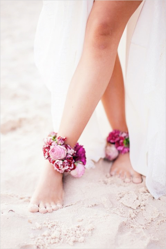Inspiration: Beach Wedding Floral Anklets // There are no rules when it comes to your wedding! Floral anklets for a beach wedding? Yes, please! What a great way to replace shoes for a beach wedding and for the bride to walk down to her love like a goddess?