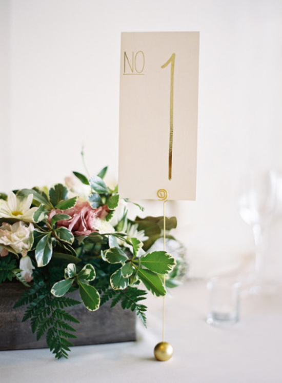Inspiration: Classic + Modern Table Number // How cute is this table number with the classic gold foil with modern font? A twist between the classic and modern look - one of the best combinations! Loving the tall type and the delicate gold stand.
