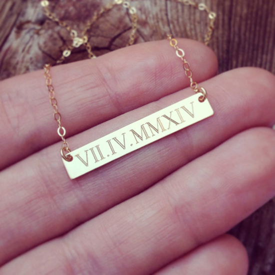 wedding-handmade-custom-gold-roman-numerals-date-necklace